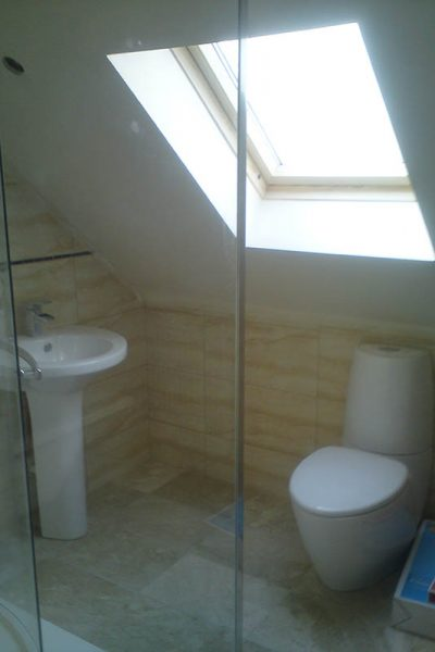 bathroom-ensuite-gallery-loft-conversion-cardiff-south-wales-sky-blue-lofts-09-copy