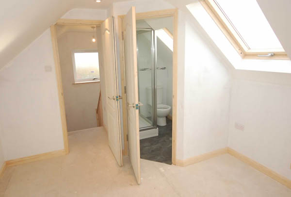 dormer-gallery-loft-conversion-cardiff-south-wales-sky-blue-lofts-11